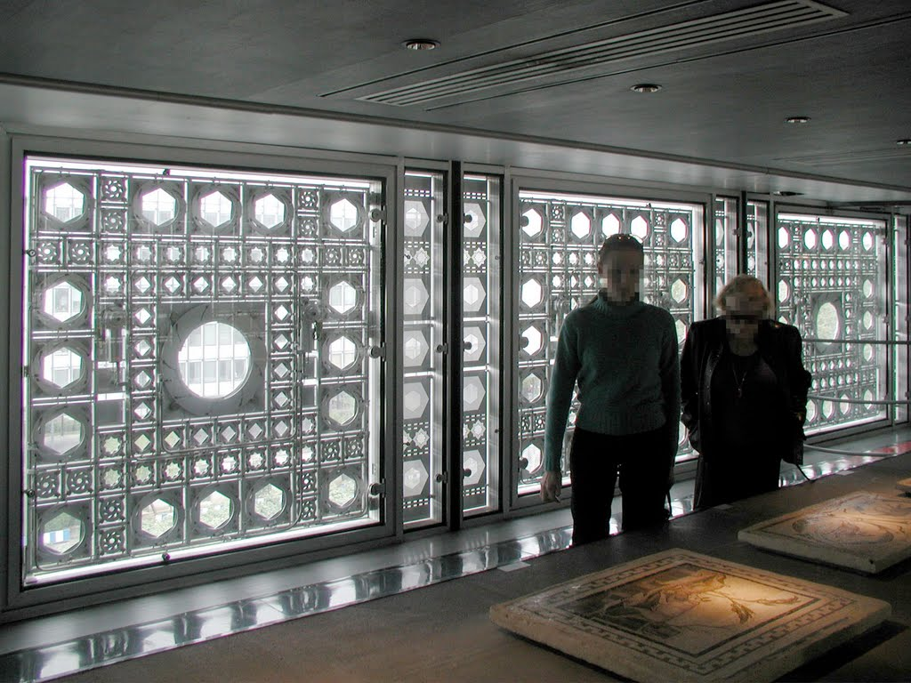 L'Institut du Monde Arabe by Jean Nouvel architect