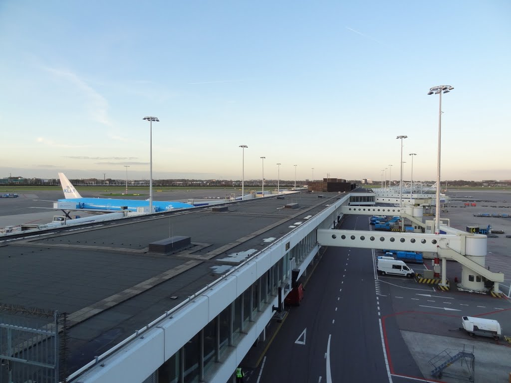 View on Terminal E from the Panoramadeck