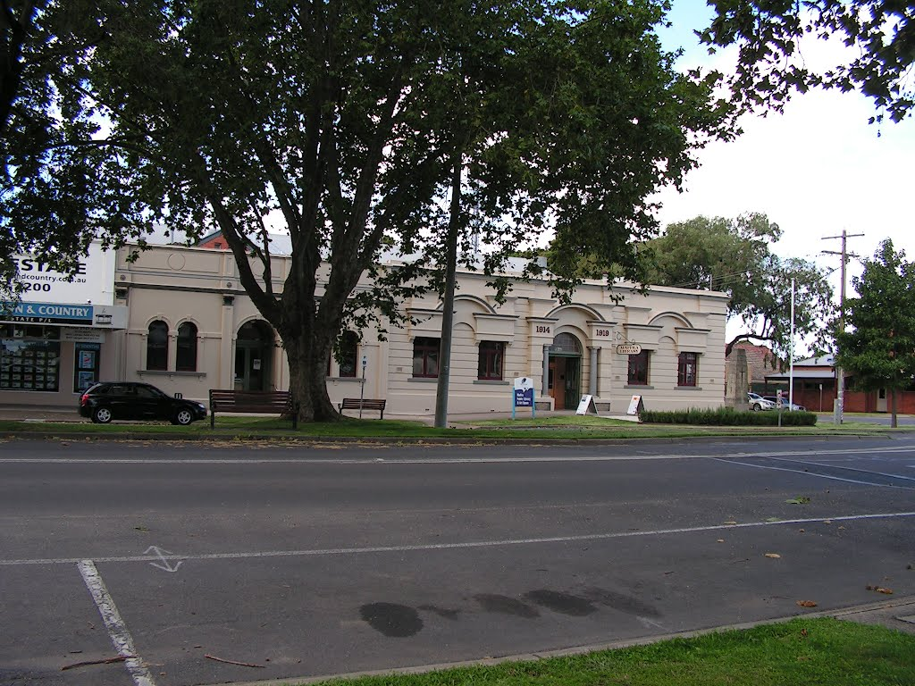 Maffra Library and Art Space