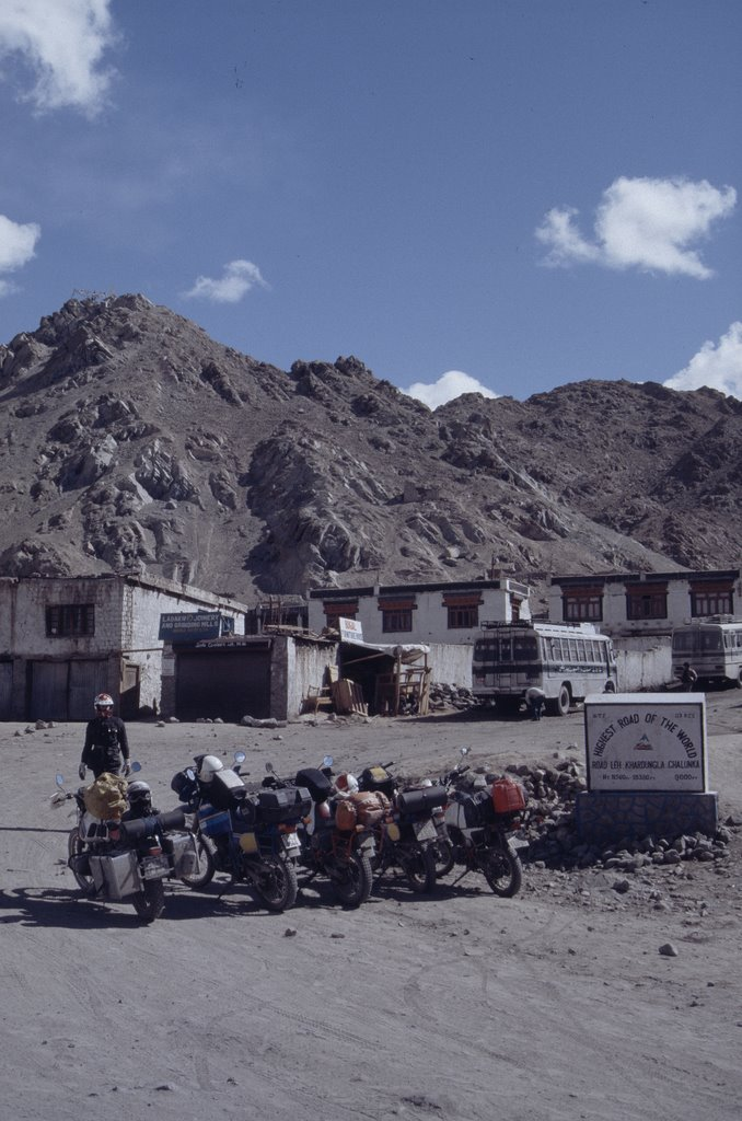 Junktion to the world highest motorway 1989