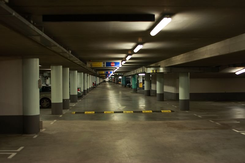 Parking structure close to the IJ tunnel
