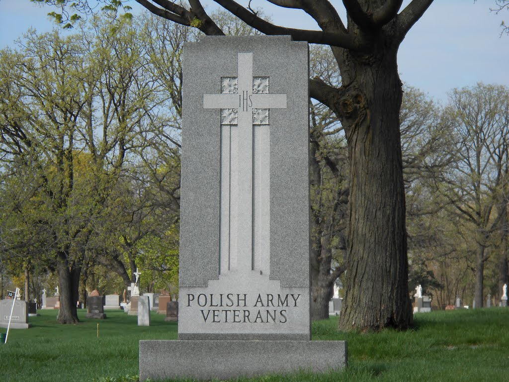Polish Army Vets Monument - Resurrection Cemetery