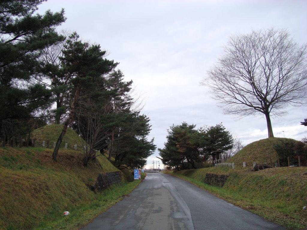 """The """"Ichiri-zuka"""" mound that is an old mark on the avenue every fixed distance"""