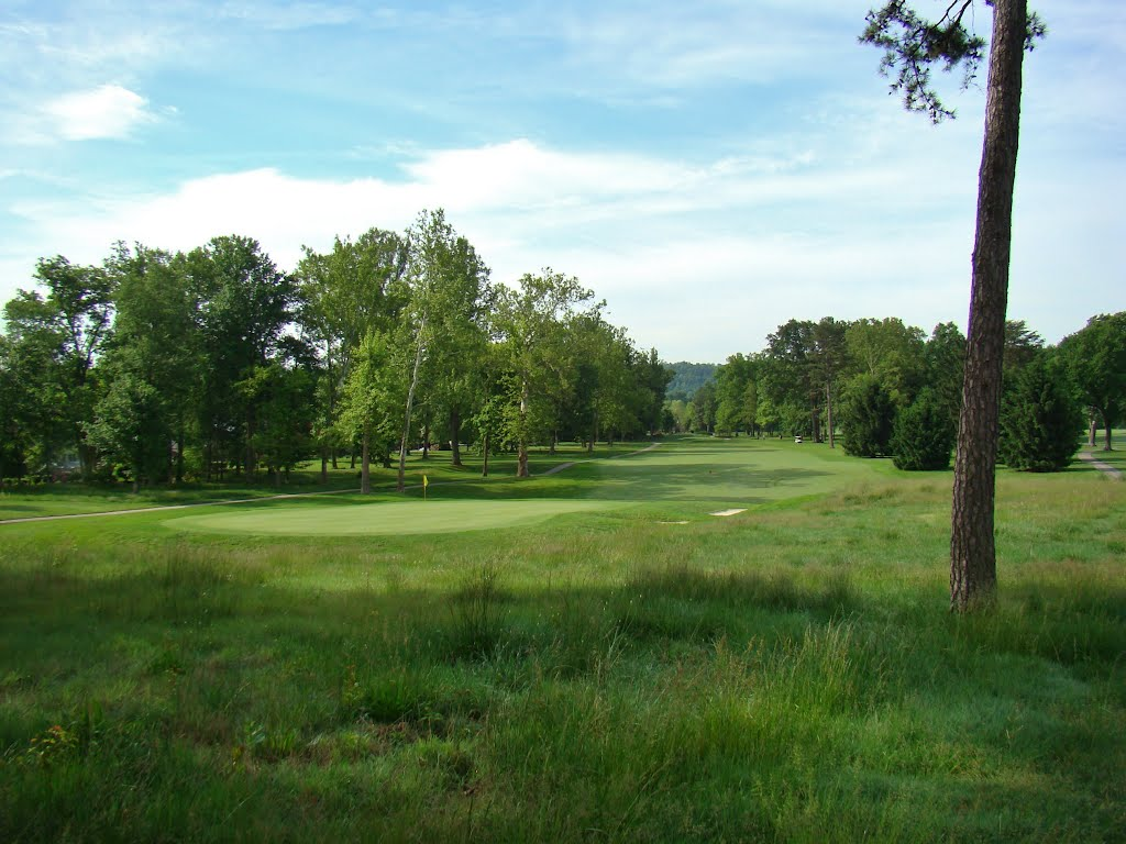 Sleepy Hollow Golf Club - Hurricane, WV