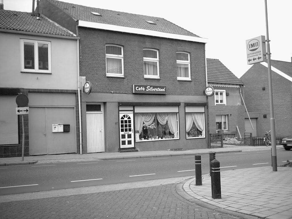 Cafe Silvertant. Hoogstraat. 2003. Landgraaf.