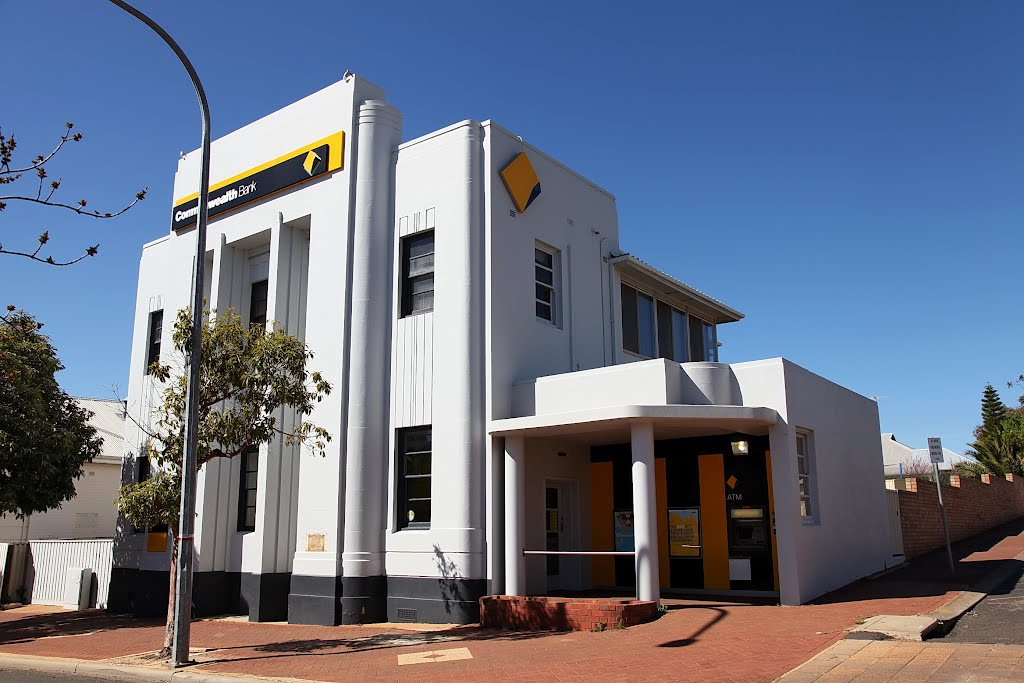 Narrogin - Art Deco Building