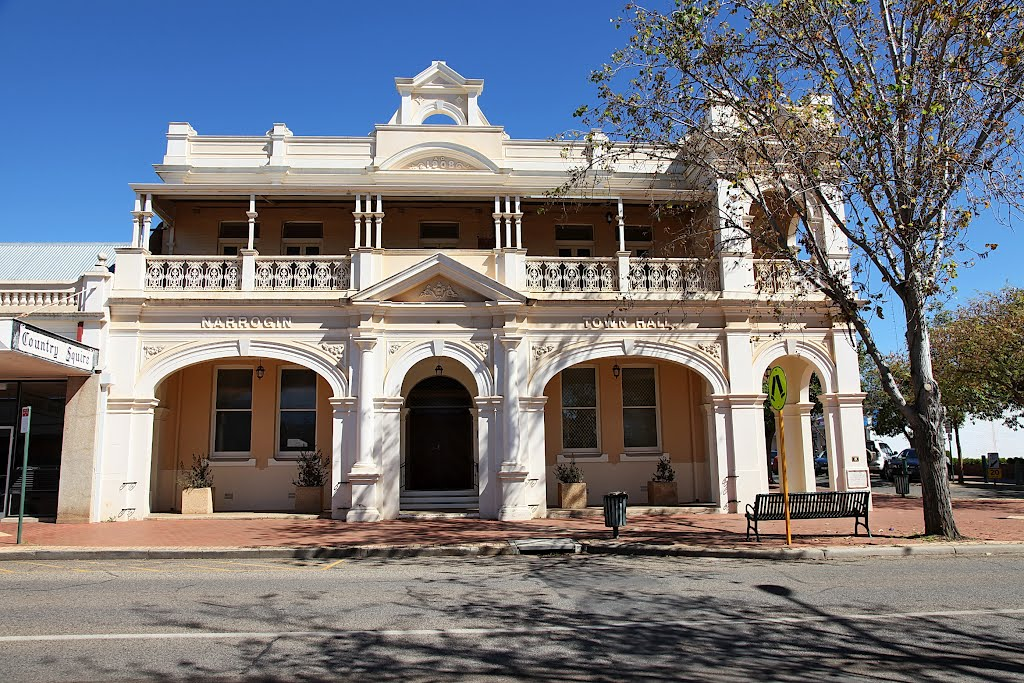 Narrogin - Town Hall