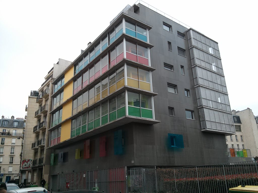 Primary Colours Building